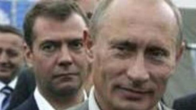 Rogozinův vzkaz Americe: Ruský medvěd vás nakope do zadku