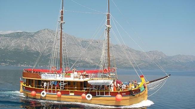 Plavby po Jadranu