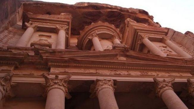 Seznamte se s pokladnicí a dalšími klenoty jordánské Petry