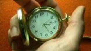 Poslali jste dotaz do banky a nevíte kdy odpoví? Za 24hodin 17 minut!