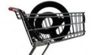 Před vánocemi klesají ceny zboží na internetu, na čem ušetříte?
