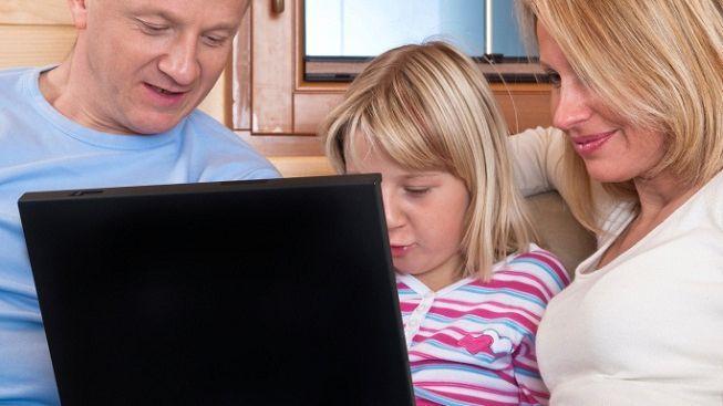 Facebook zvažuje, že povolí přístup dětem mladším 13 let