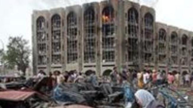 Výbuch bomb zabil v Bagdádu více než sto lidí