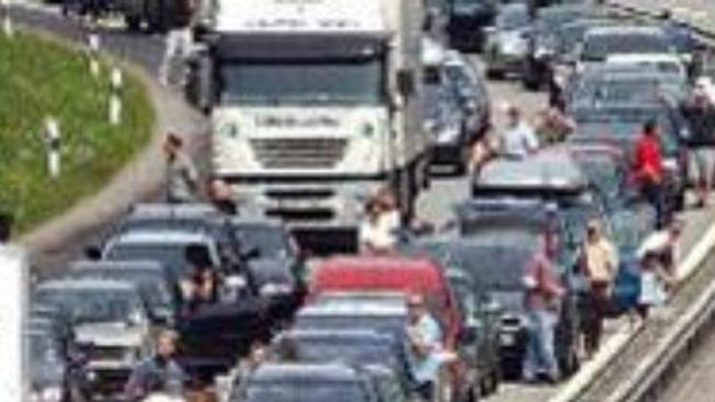 Dálnici D1 blokovala tragická nehoda