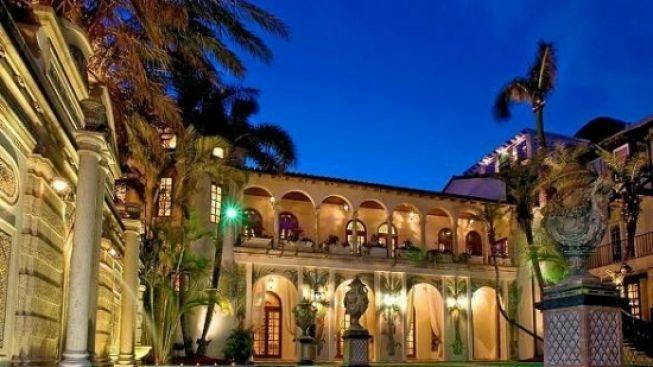Versaceho vila je na prodej: Stojí 2,5 miliardy!