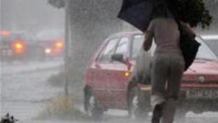 Česku opět hrozí záplavy z bouřek a přívalového deště