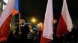Mostecká policie zadržela 15 pravicových radikálů