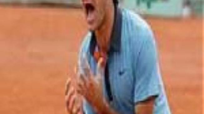Federer v Paříži dosáhl na historický triumf