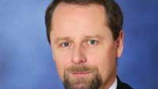 Ministři odmítají Klausův tlak na sestavení vlády