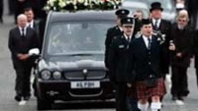 Severní Irsko: Mladík obviněn z vraždy policisty