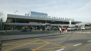 Anglickým názvem pražského letiště bude Václav Havel Airport Prague