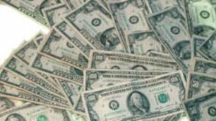 Úvěrová krize ve světě možná zničila až 45 procent majetku