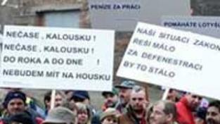 Skláři demonstrovali před Strakovkou