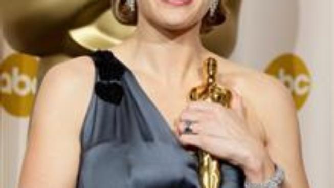 Oscarům vévodily šaty světlých barev a mohutné náhrdelníky