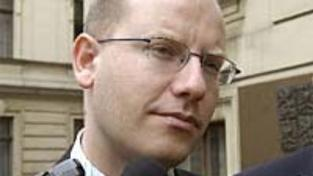 ČSSD chce o misích ještě jednat s ODS