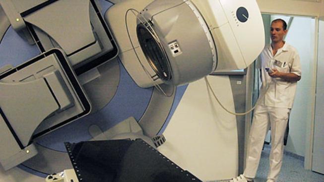 Fakultní nemocnice Olomouc modernizovala techniku používanou k léčbě zhoubných nádorů ozařováním