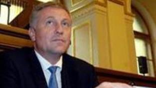 Topolánek obhájil křeslo šéfa ODS