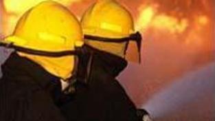 V Praze kdosi zapaloval supermarkety