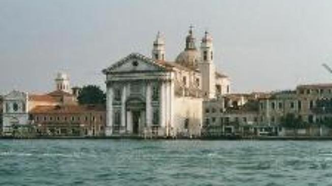 Benátky čekají třicetiletou povodeň