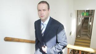Uprchlý Krejčíř se opět odvolává proti rozsudku. Soud mu přiklepl 11 let