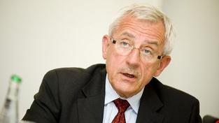 Heger se v tichosti zbavuje ředitele VZP. Už má nového nástupce