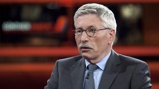 Kontroverzní ekonom Sarrazin: Záchranou eura chce Německo odčinit holokaust