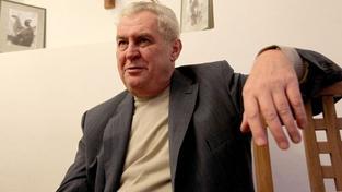 Zeman obšťastnil svou návštěvou Radu seniorů.Zkritizoval reformy i restutice