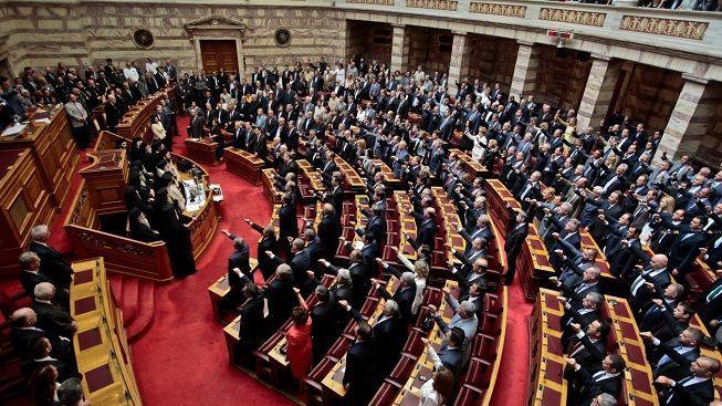 V Řecku se sešel nový parlament, aby se rozpustil