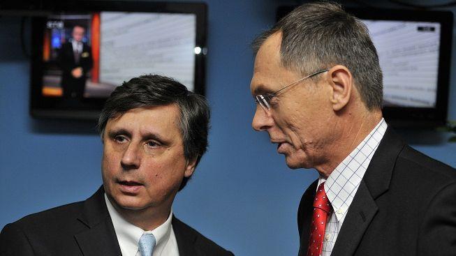 V prezidentské volbě by nejlépe uspěli Fischer a Švejnar