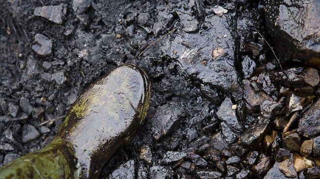 """Schyluje se k """"ropnému"""" problému. Rusko prý dodá ČR jen pětinu dodávek"""