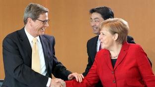 Šéf německé diplomacie v případu Tymošenkové věří i ve fanoušky