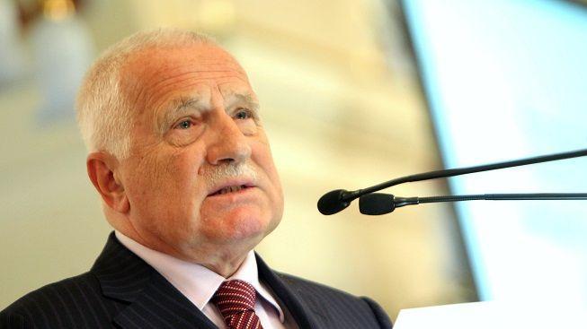 Prezident Klaus jmenuje Fialu do funkce ministra školství