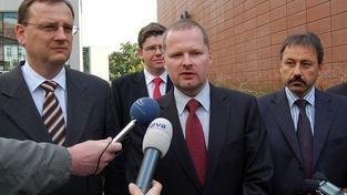Nečas nabídl místo ministra školství Petru Fialovi