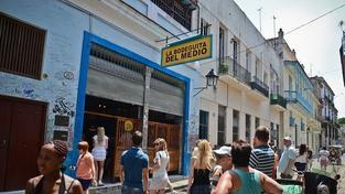 Oblíbený Hemingwayův lokál slaví sedmdesátiny