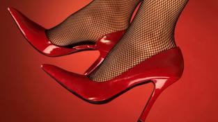 Žena v rudém? Větší šance na sex při první schůzce