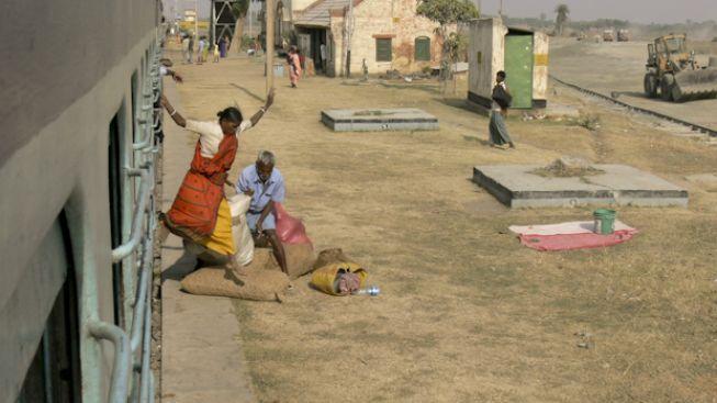 Na cestách s Indian Railways: Dobrodružství začíná již na nádraží!