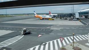 Vyfoťte si své letadlo! Letiště Praha to teď umožňuje