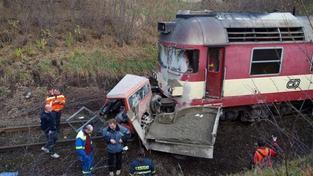 Na Šumpersku se srazil vlak s kamionem, jeden zraněný