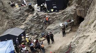 V Peru bylo vyproštěno devět horníků uvězněných v dolu explozí