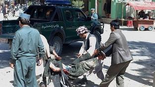 Dalších 18 mrtvých bylo nalezeno po sebevražedném útoku v Afgánistánu
