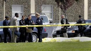 Masakr na univerzitě v Kalifornii si vyžádal 7 mrtvých