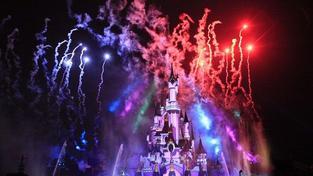 Ve velkém stylu! Pařížský Disneyland slavil 20. narozeniny