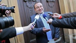 Dobeš drsně kritizuje ministry, že schválili škrty ve školství