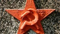 Komunisté předložili návrh na zrušení lustračních zákonů