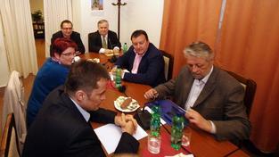 Jednání o odposleších Béma a Janouška je přerušeno kvůli sporu
