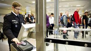 Vláda chystá novelu zákona o vstupu a pobytu cizinců