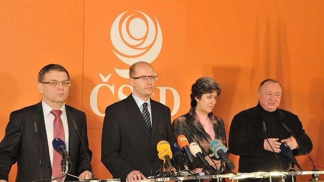 ČSSD chce hlasovat o nedůvěře vládě, vadí jí plánované úspory