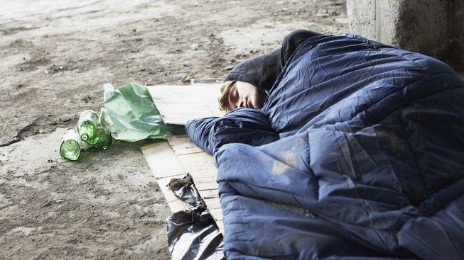 Nezaměstnaných bez podpory je čím dál více, situace rodin se zhoršuje
