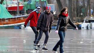 Mrazivý víkend vylákal Pražany za rekreačním sportem