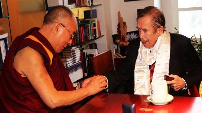 Jiří Wolf: Havel záviděl Dalajlámovi nobelovku